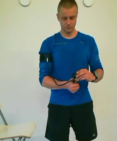 attachement-and-inflation-of-the-arm-cuff-mp4